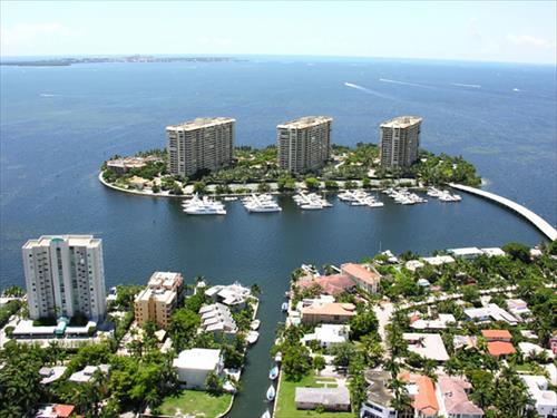50' Boat Slip for Rent - Grove Isle / Coconut Grove - Miami, Florida