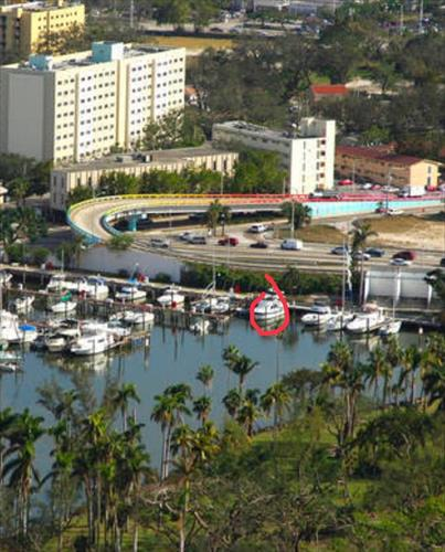 30' Boat slip for sale - River Run Yacht Club - Miami, Florida