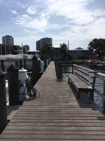 20'x45' boat slip & condo for rent - Singer Island - West Palm Beach, Florida