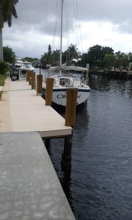 Up to 45' boat slip for rent (also have a 25' space) - E. Ft Lauderdale, Florida