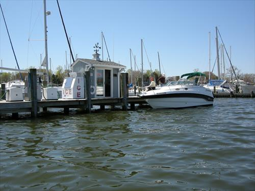 24' boat slip for sale - Magothy River Marina - Baltimore, MD