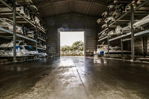 27' dry boat storage for sale - Snook Bight Marina - Ft Myers, Fl