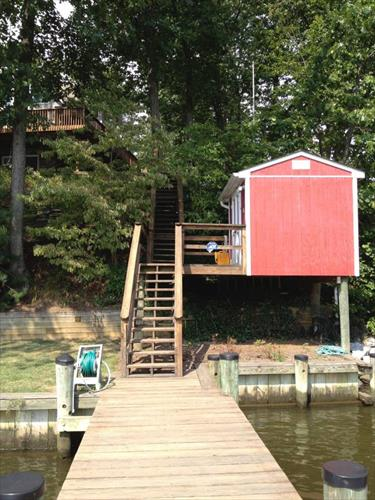 32' deep water slip for rent - Annapolis, MD