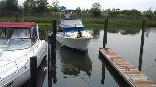 42' boat slip for rent - Captain Hook's Marina - Sewaren, NJ