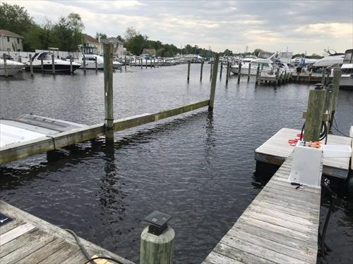 45' boat slip for rent - Lighthouse Point Marina - Toms River, NJ