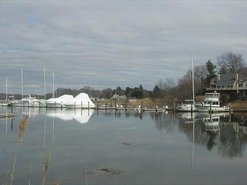Up to 45' boat slips available for rent - Sylvan Point Yacht Club - Branford, CT