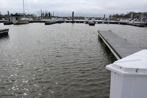 35' boat slip for sale - Guilford Yacht Club - Guilford, CT