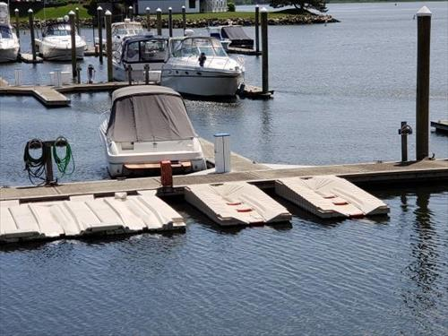 30' boat slip for sale or rent -Casewell Cove Marina - Milford, CT