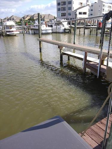 47' slip for sale - Wharf Marina Association - League City, TX